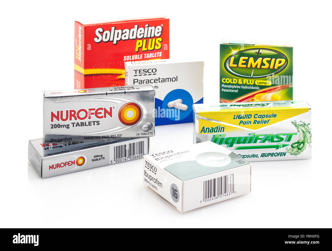 Collection of Cold flu and pain relief, Boxes of Nurofen, paracetamol,Ibuprofen, Lemsip - Stock Image