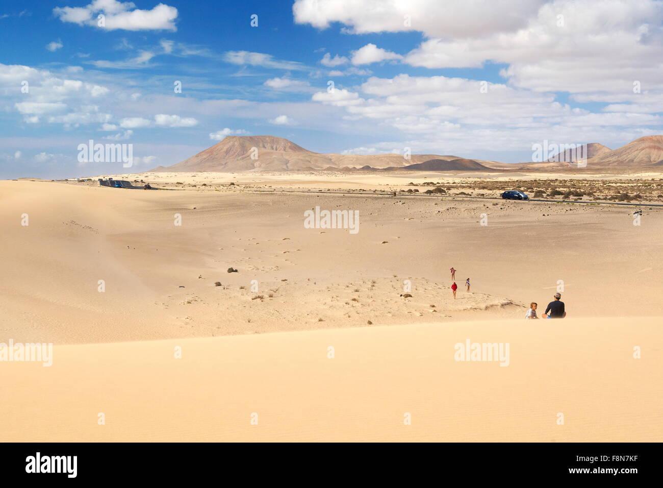Sand dunes in Parque Natural de Corralejo, Canary Islands, Fuerteventura Island, Spain - Stock Image