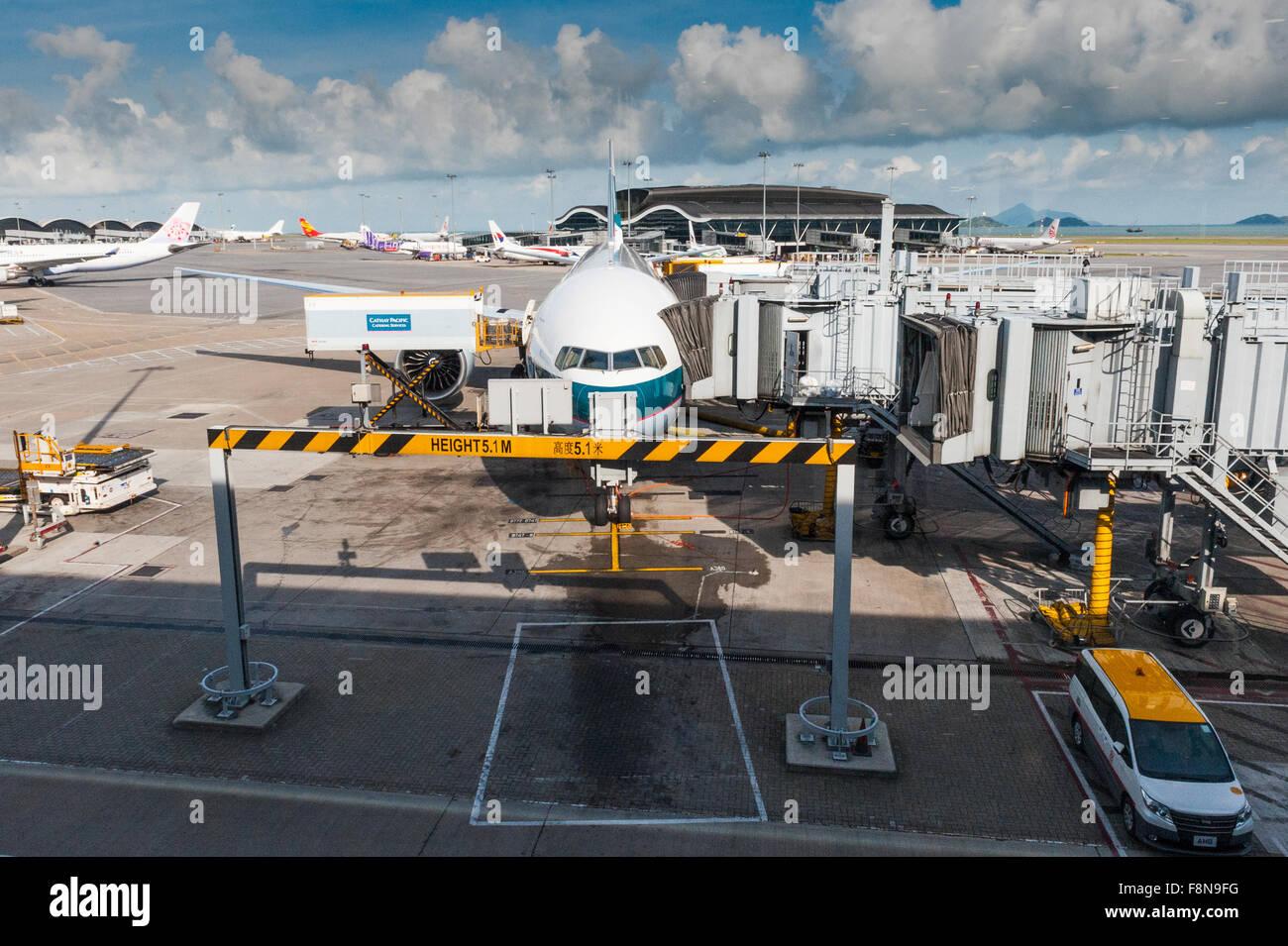 Airplane on the tarmac at Chek Lap Kok airport Hong Kong - Stock Image