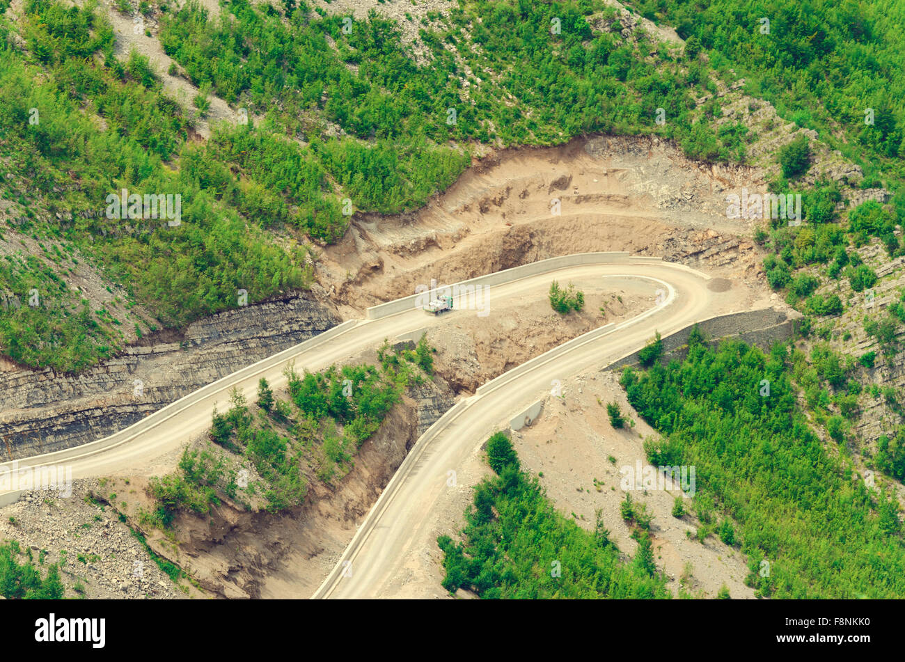 Mountain road to Lepushe in Albania - Stock Image