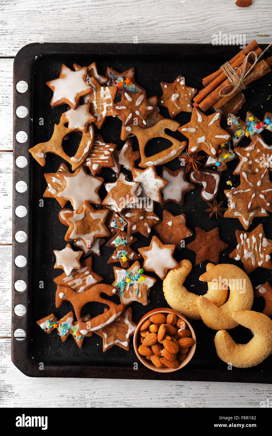 sweet  gingerbread cookies for xmas, christmas food - Stock Image