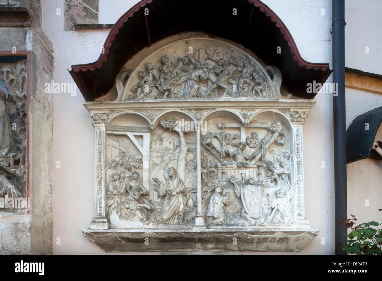 Österreich, Niederösterreich, Waidhofen an der Ybbs, Steinrelief an der Stadtpfarrkirche Stock Photo