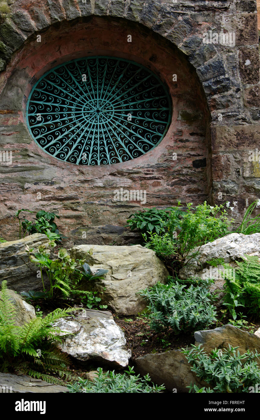 Window grille at Portmeirion, the village in North Wales that featured as 'The Village' in 'The 'Prisoner' - Stock Image