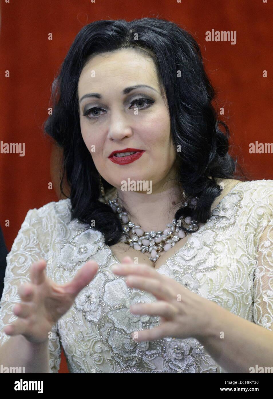 Moscow, Russia. 11th Dec, 2015. Soprano Dina Kuznetsova looks on after a dress rehearsal of Handel's Rodelinda - Stock Image