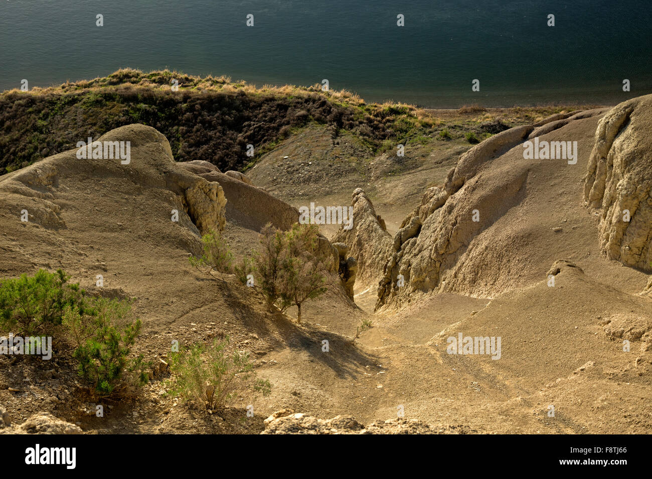 WASHINGTON - The White Bluffs at sundown on the banks of the Columbia River in the Hanford Reach National Monument. - Stock Image