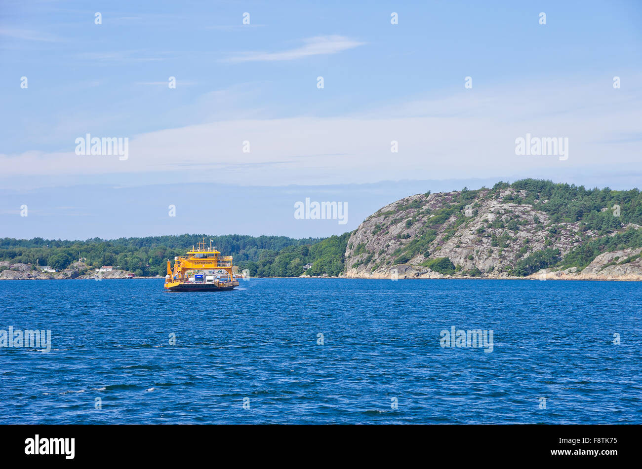 ROAD FERRY APPROACH - Stock Image
