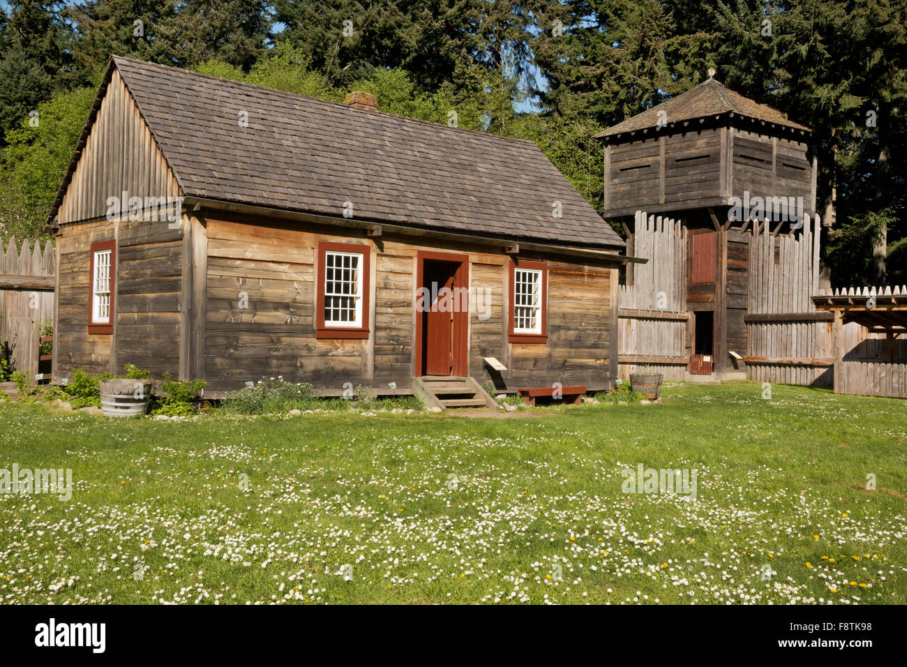 WASHINGTON - Block House at  the Fort Nisqually Historic Site, a living history museum in Tacoma's Point Defiance - Stock Image