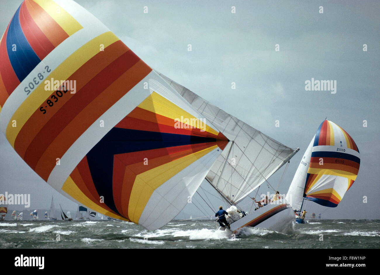 AJAXNETPHOTO. 1979. SOLENT, ENGLAND. - ADMIRAL'S CUP - SWEDEN'S TEAM YACHT MIDNIGHT SUN ROLLS HEAVILY IN - Stock Image
