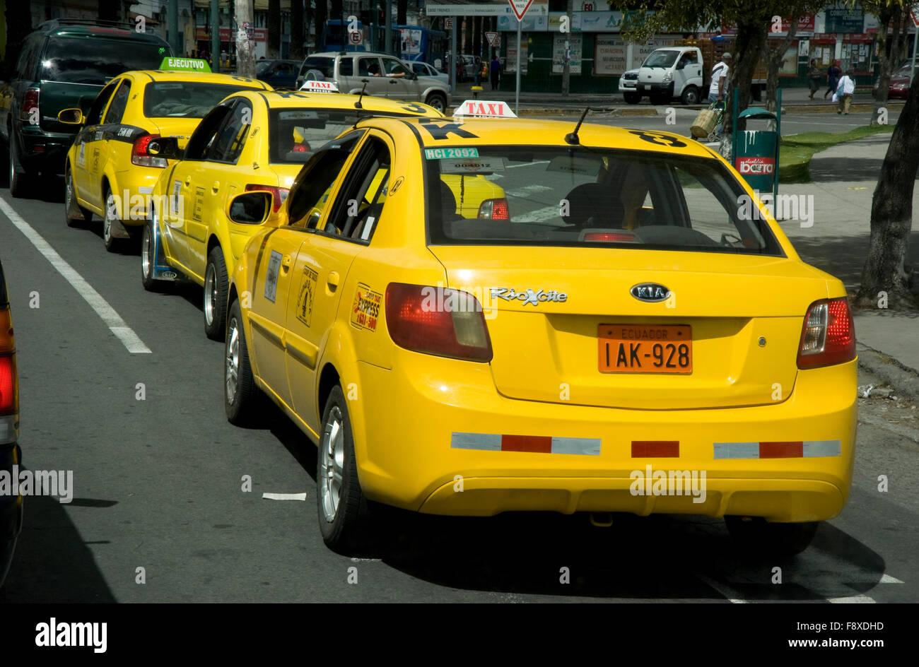 Taxi cabs in Ibarra, Ecuador - Stock Image
