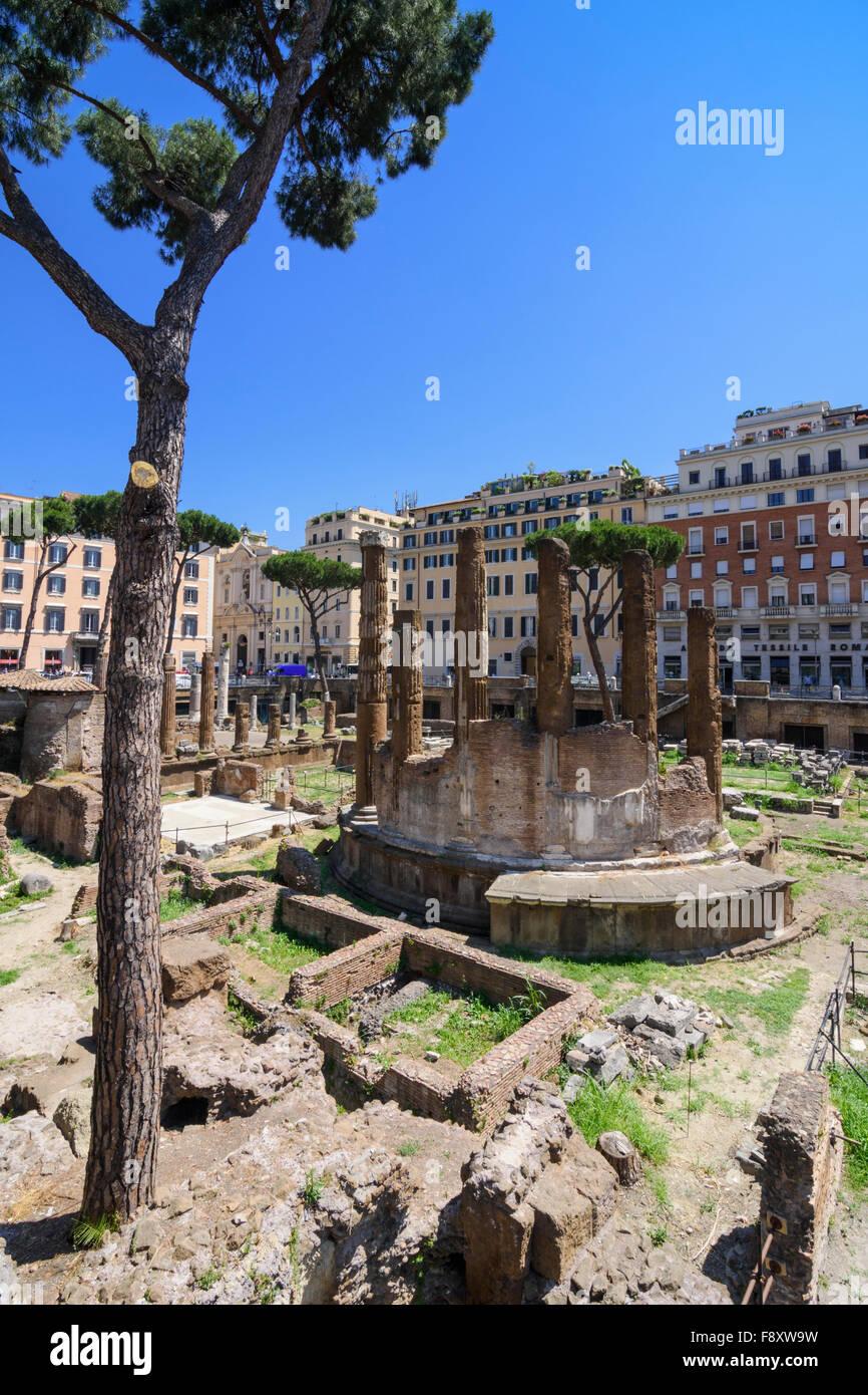 Roman ruins in the Largo di Torre Argentina, Rome, Italy - Stock Image