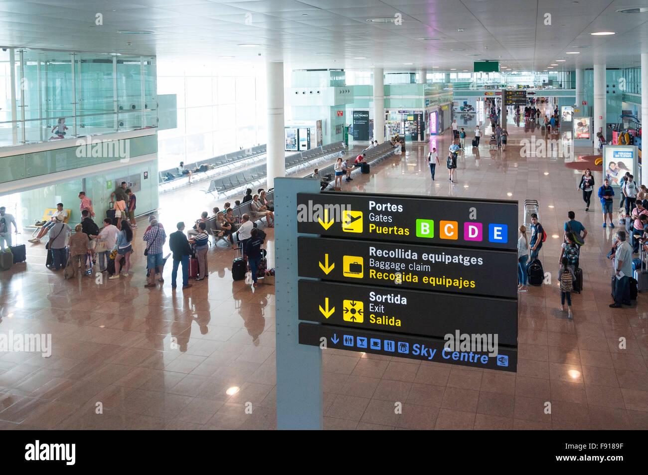 Departure gates at Barcelona–El Prat Airport, El Prat de Llobregat, Baix Llobregat County, Catalonia, Spain - Stock Image