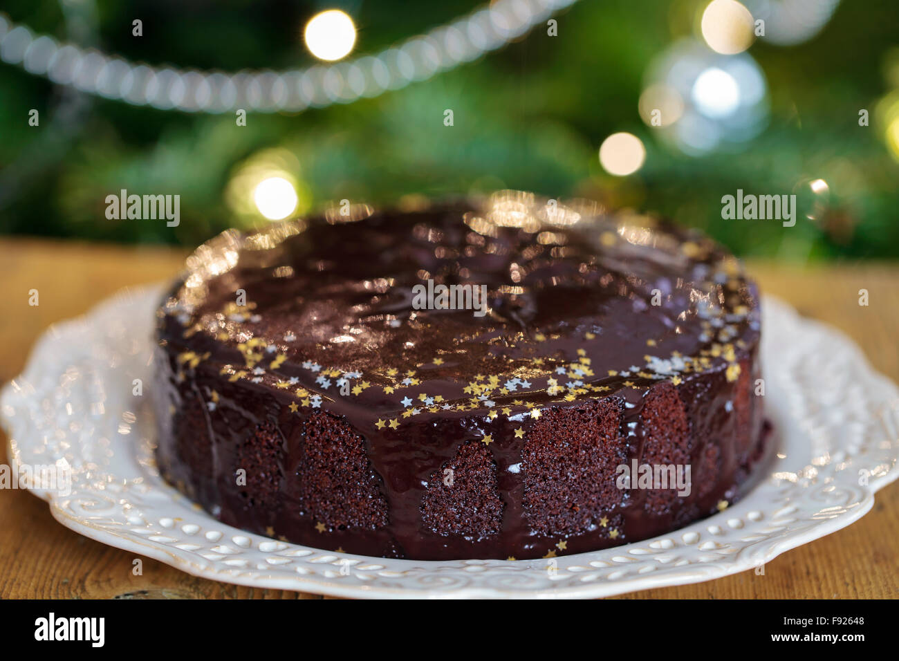 Ginger cake with chocolate sauce - Stock Image