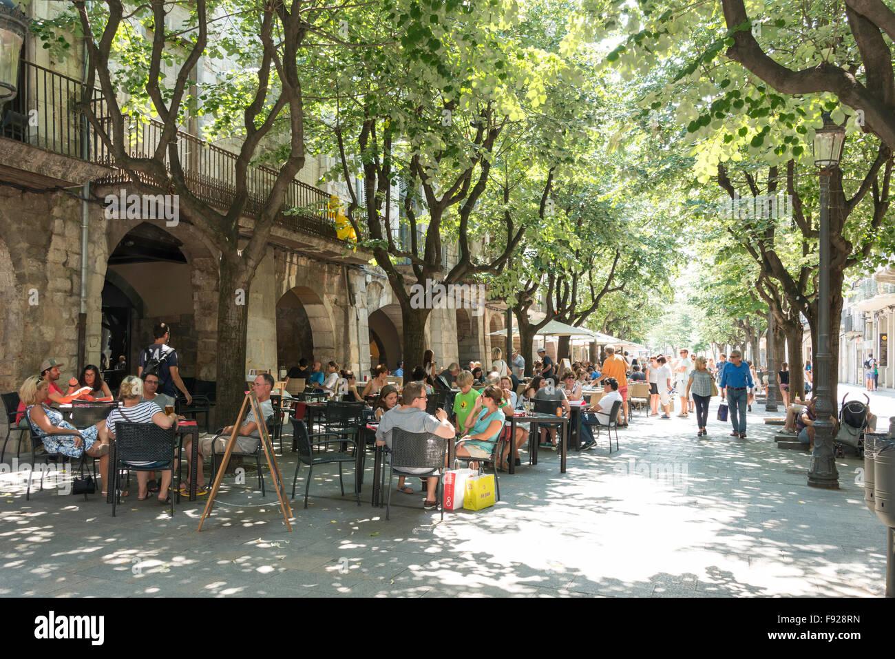 La Rambla de la Llibertat, Old Town, Girona (Gerona), Province of Girona, Catalonia, Spain - Stock Image