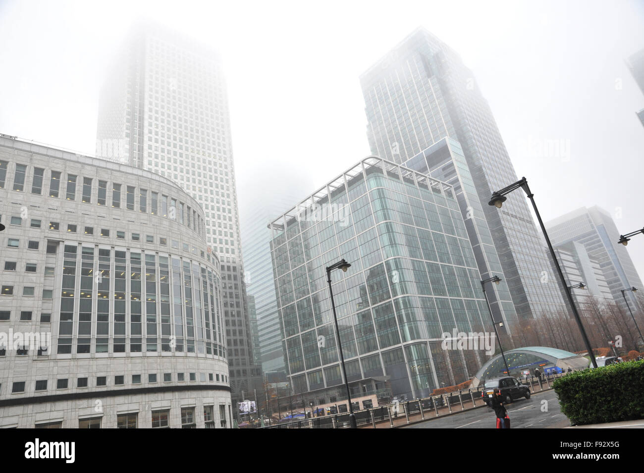 Canary Wharf, London, UK. 13th December 2015. UK Weather: Misty, murky weather in Canary Wharf Credit:  Matthew Stock Photo