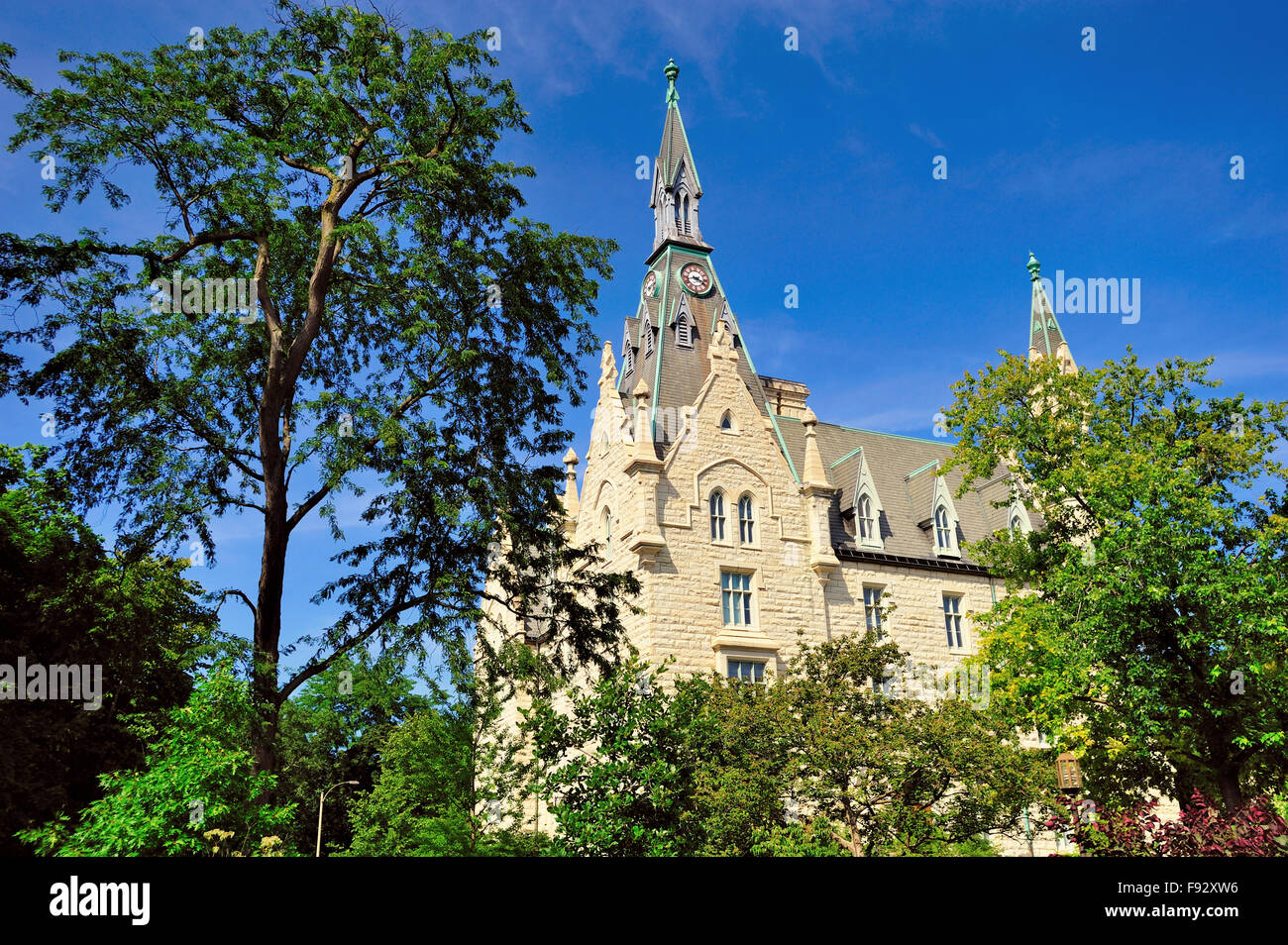 University Hall on the campus of Northwestern University in the Chicago suburb of Evanston, Illinois, USA. - Stock Image