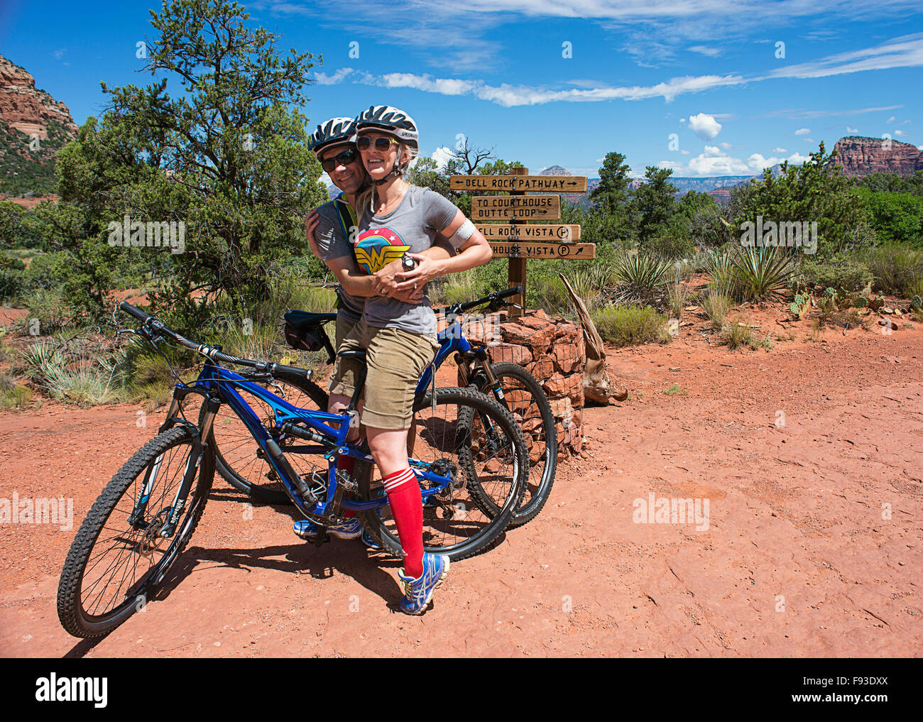 A couple on mountain bikes near Sedona Arizona. - Stock Image