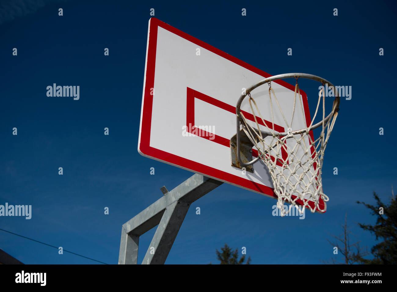 Secondary education Wales UK: a net ball net - Stock Image