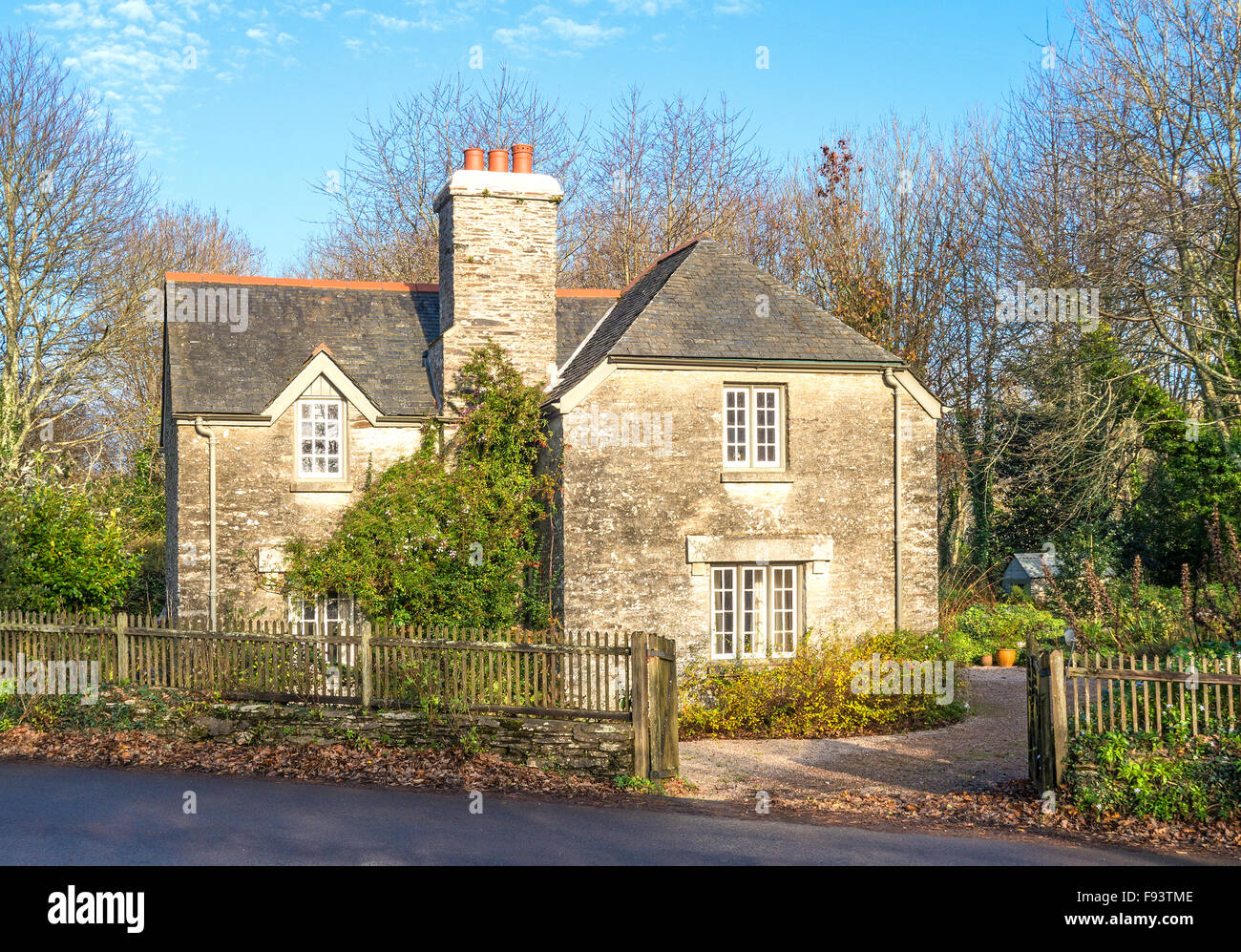 An old granite stone cottage near trelissick in Cornwall, UK - Stock Image