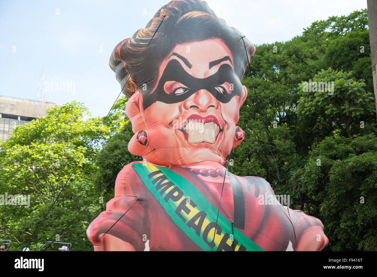 Sao Paulo, Brazil. 13th December, 2015. Inflatable in the likeness of Brazil's President Dilma Rousseff is seen - Stock Image