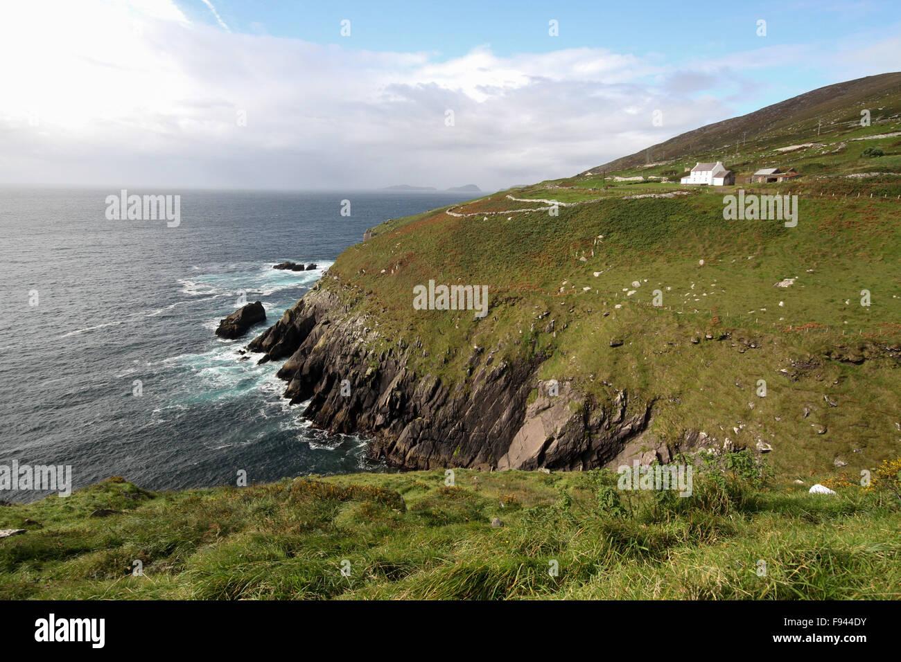 The west coast of Ireland at Slea Head on the Dingle Peninsula, County Kerry, Ireland - Stock Image
