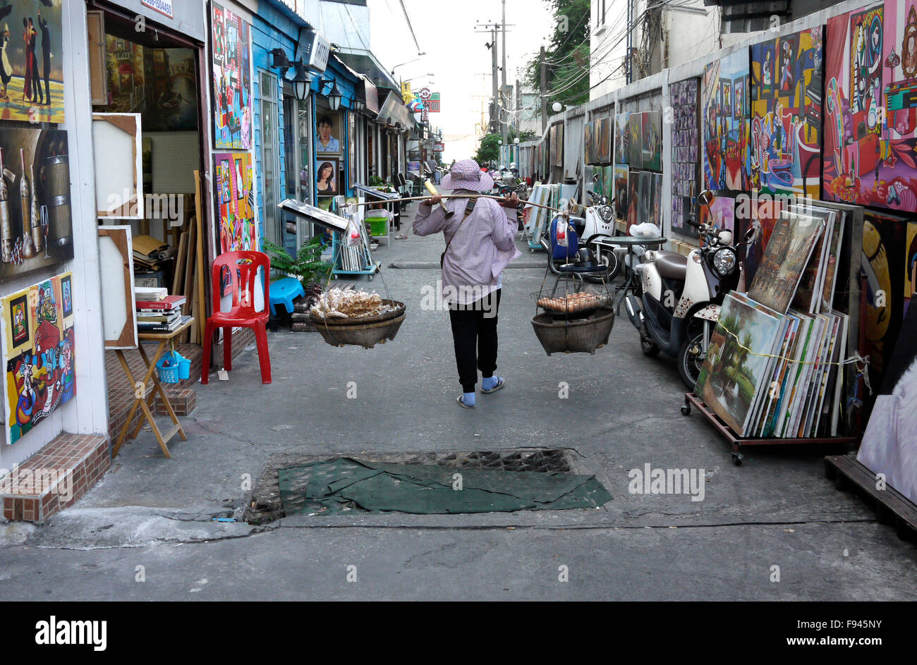 Original works of art, copies and reproductions of famous paintings and photographs for sale on Art Street Pattaya - Stock Image