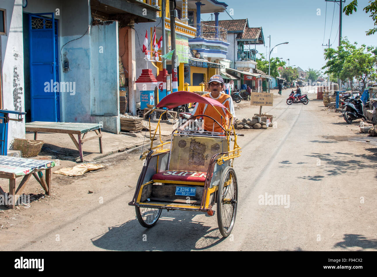 indonesian driver stock photos indonesian driver stock images alamy. Black Bedroom Furniture Sets. Home Design Ideas