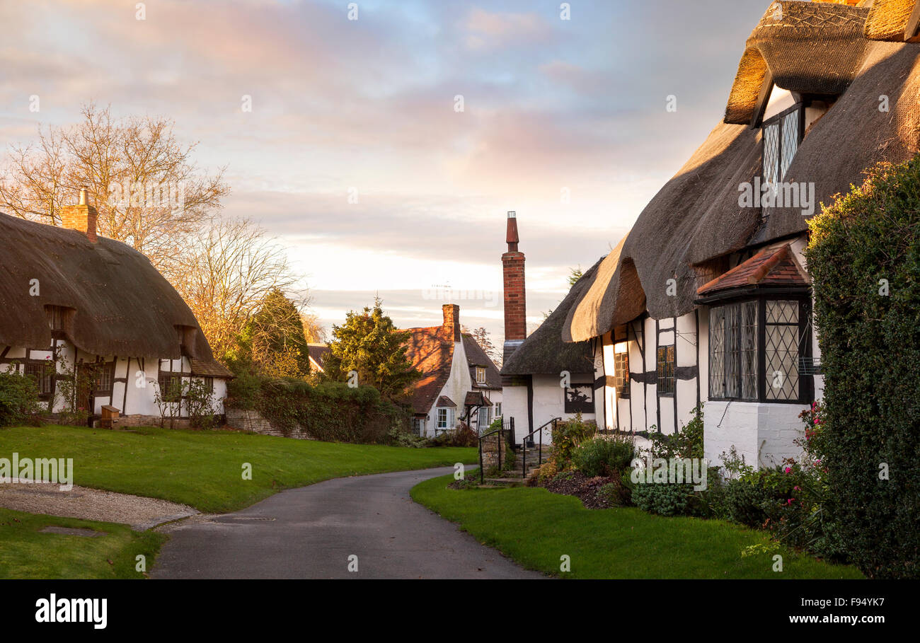 Thatched cottages at Welford on Avon, Warwickshire, England. - Stock Image
