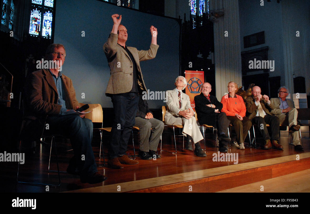 David Benson, the writer and performer of 'Lockerbie: Unfinished Business', holds a question and answer - Stock Image