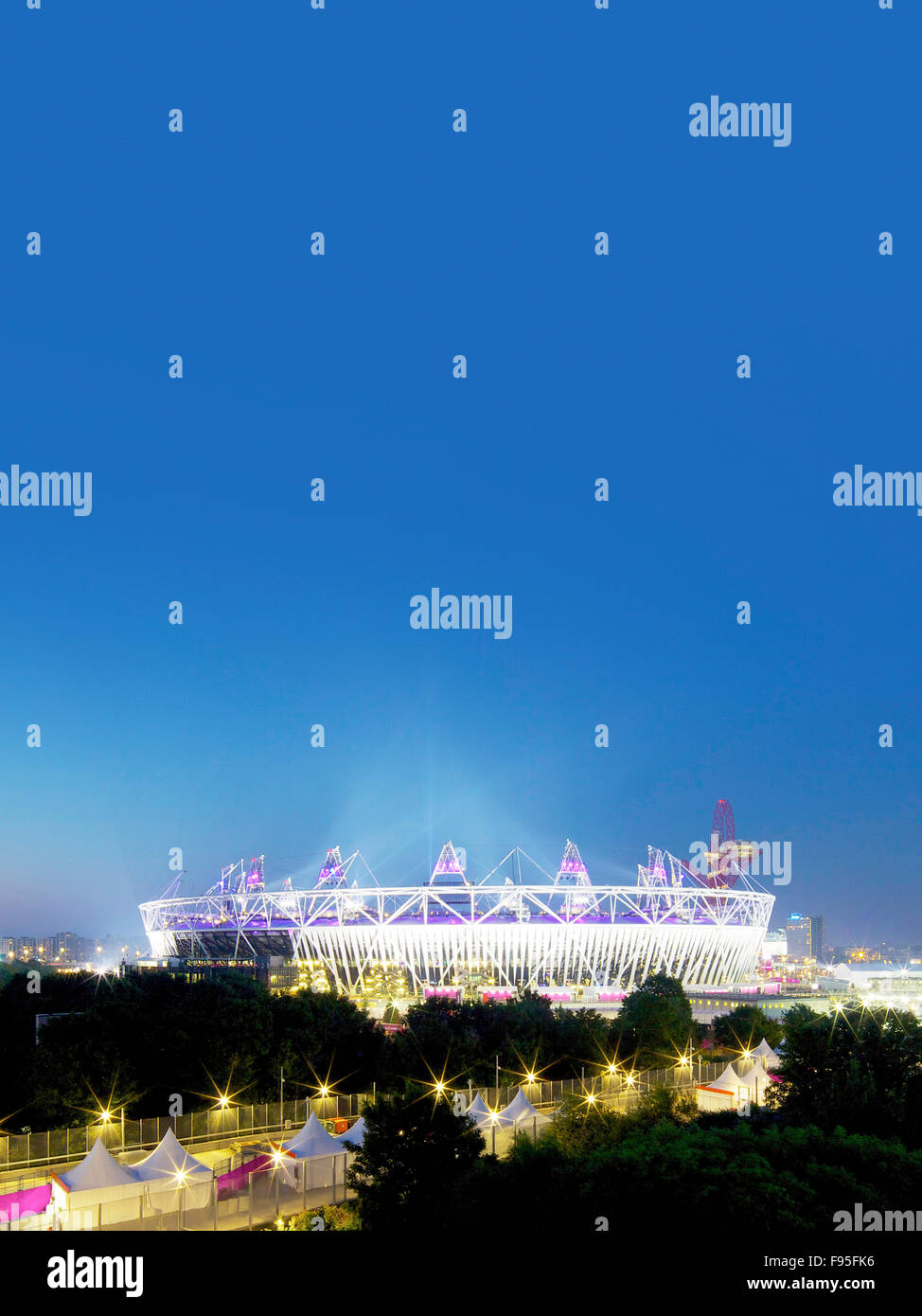The London Olympic Stadium is sited on a diamond-shaped island between two existing waterways, located within the - Stock Image