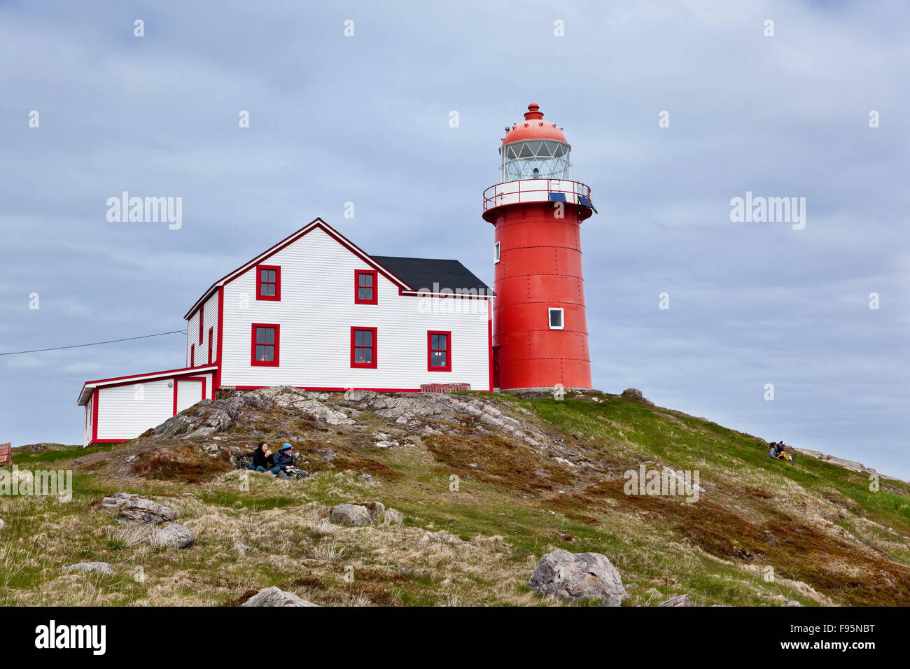 Ferryland Head Lighthouse that also serves as the business place of Lighthouse Picnics, a small eatery where hikers - Stock Image
