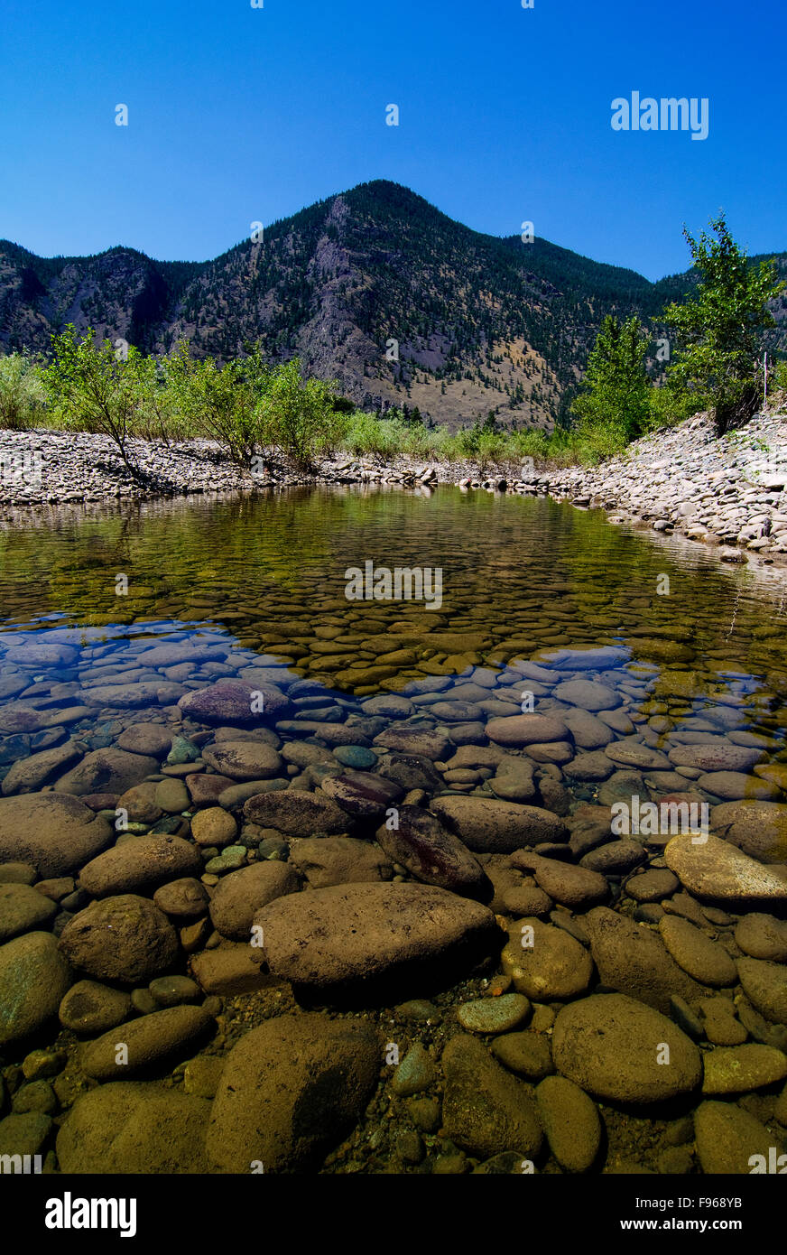 The rocky and rugged terrain along the Similkameen River, near Keremeos, in the Simikameen region of British Columbia, - Stock Image
