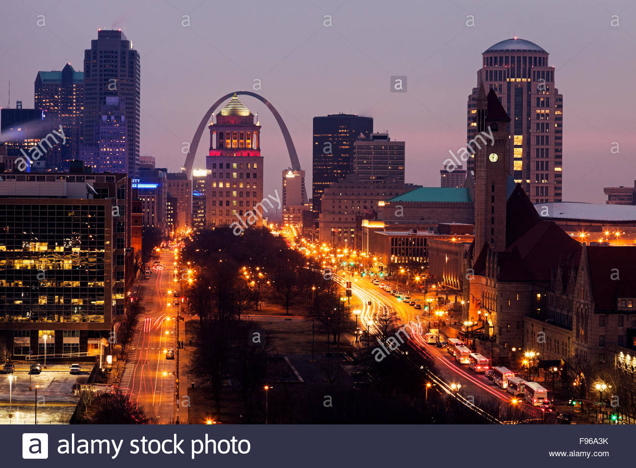 st louis missouri downtown stock photos st louis missouri downtown stock images alamy. Black Bedroom Furniture Sets. Home Design Ideas