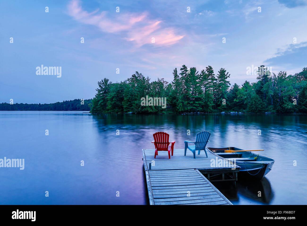 Twilight on Long Lake, Muskoka cottage country, Bala, Ontario, Canada - Stock Image