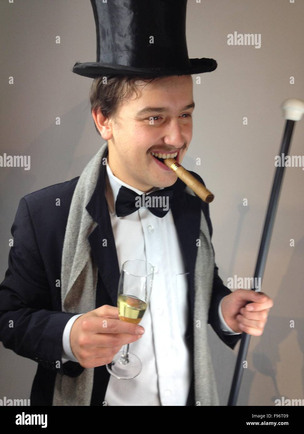 64da4939f6d Man With Top Hat And Cigar Stock Photo  91734281 - Alamy