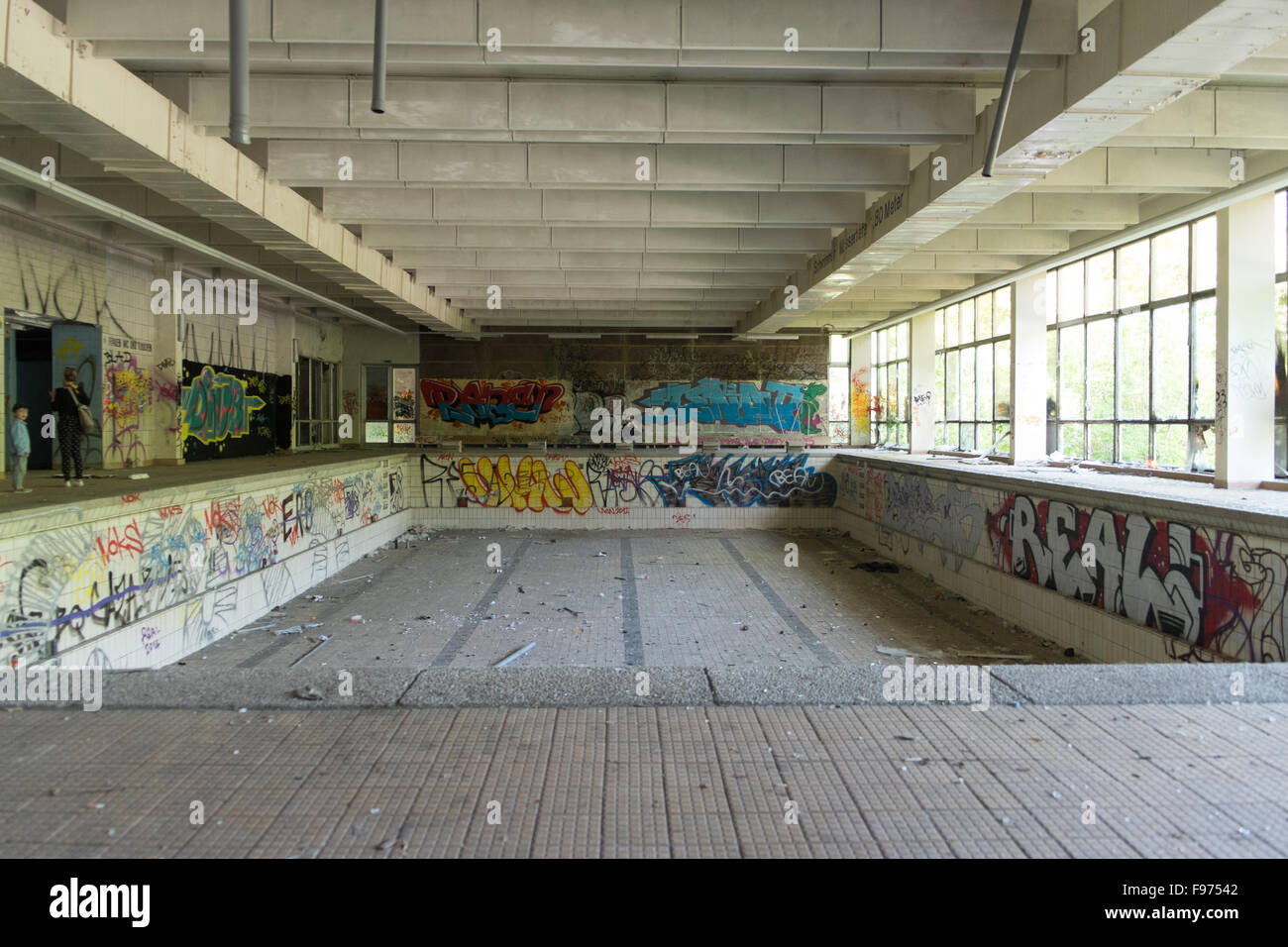 Swimming Pool Graffiti High Resolution Stock Photography And Images Alamy