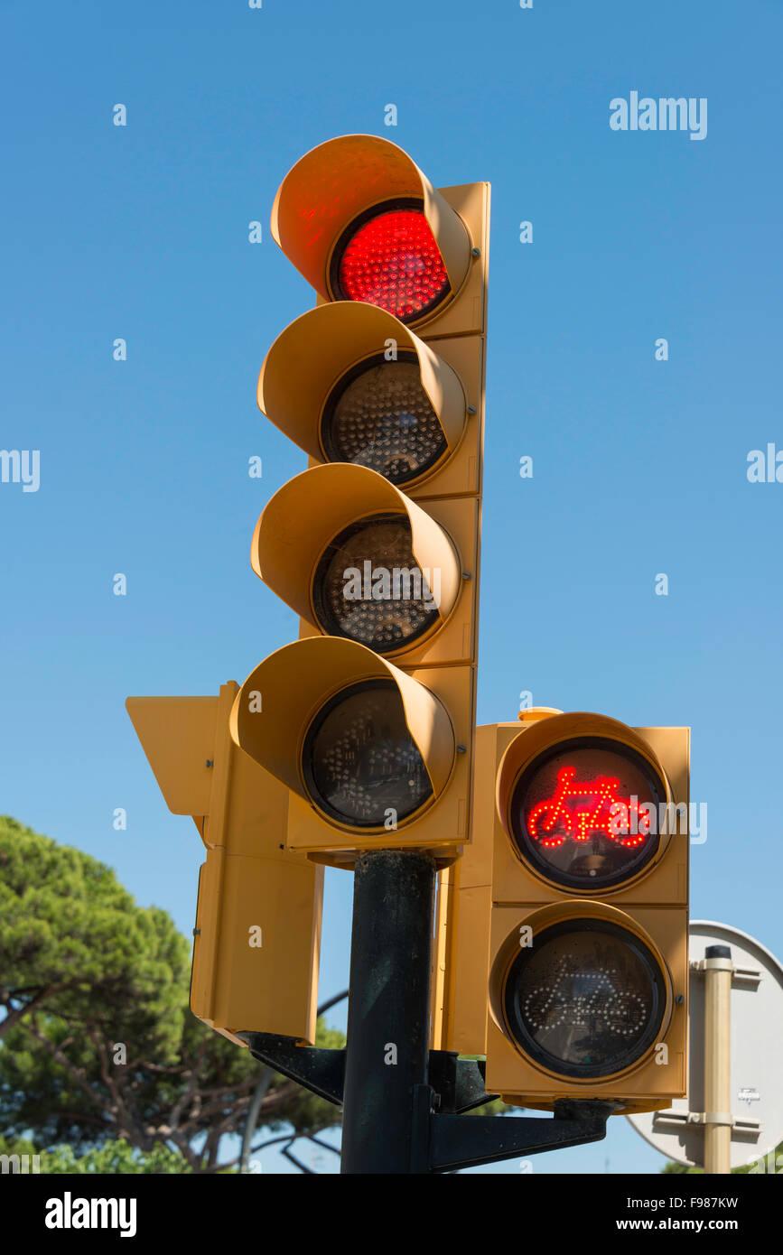 Set of traffic lights, Passeig s'Abanell, Blanes, Costa Brava, Province of Girona, Catalonia, Spain - Stock Image