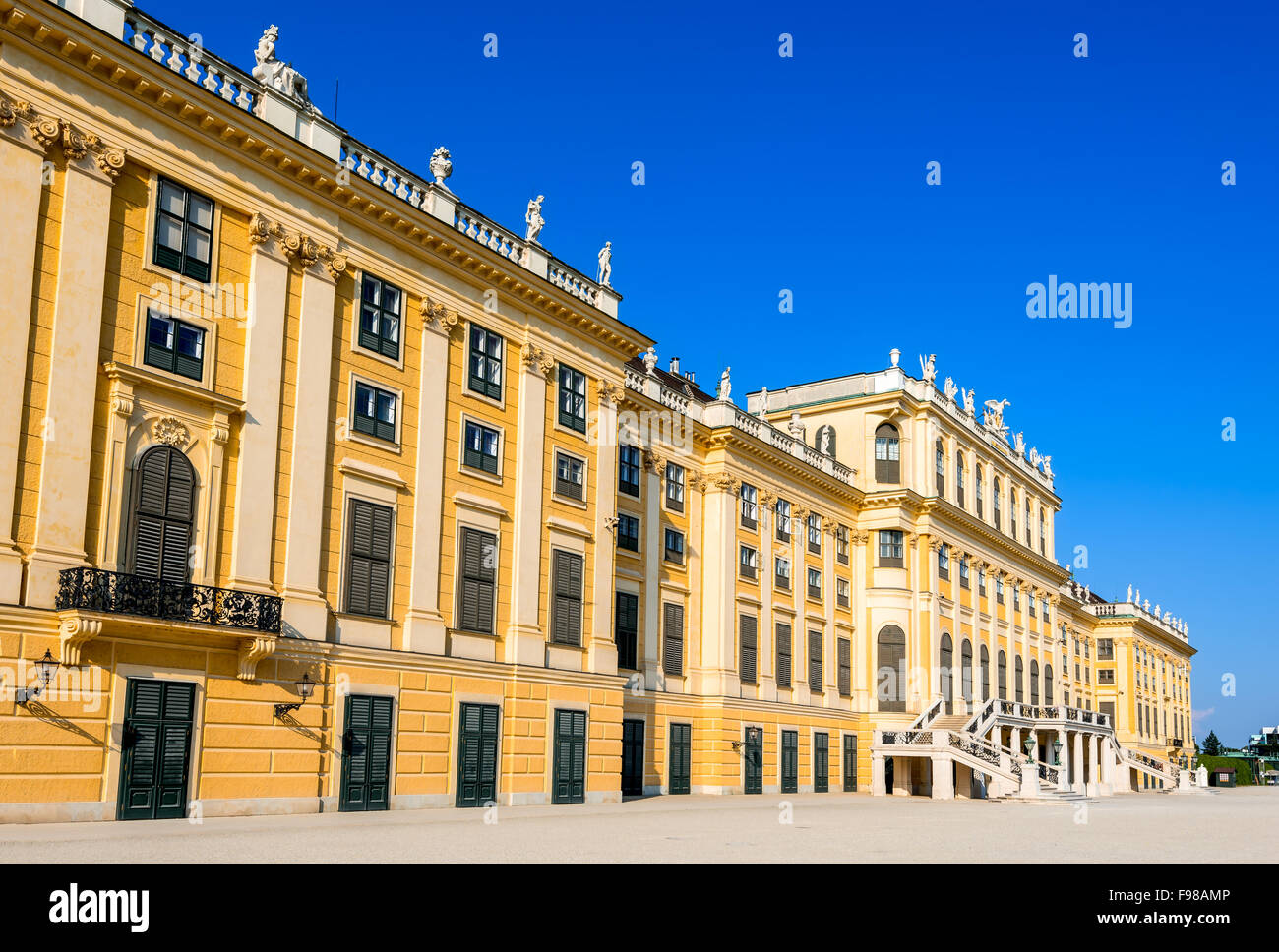 Austria. Schonbrunn Palace in Vienna. It's a former imperial 1,441-room Rococo summer residence in modern Wien. - Stock Image