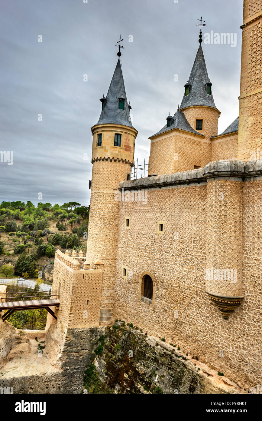 Segovia, Spain. The famous Alcazar of Segovia, rising out on a rocky crag, built in 1120. Castilla y Leon. - Stock Image