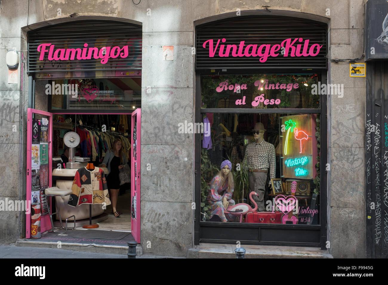 Flamingos Vintage Kilo Fashion Store - Stock Image