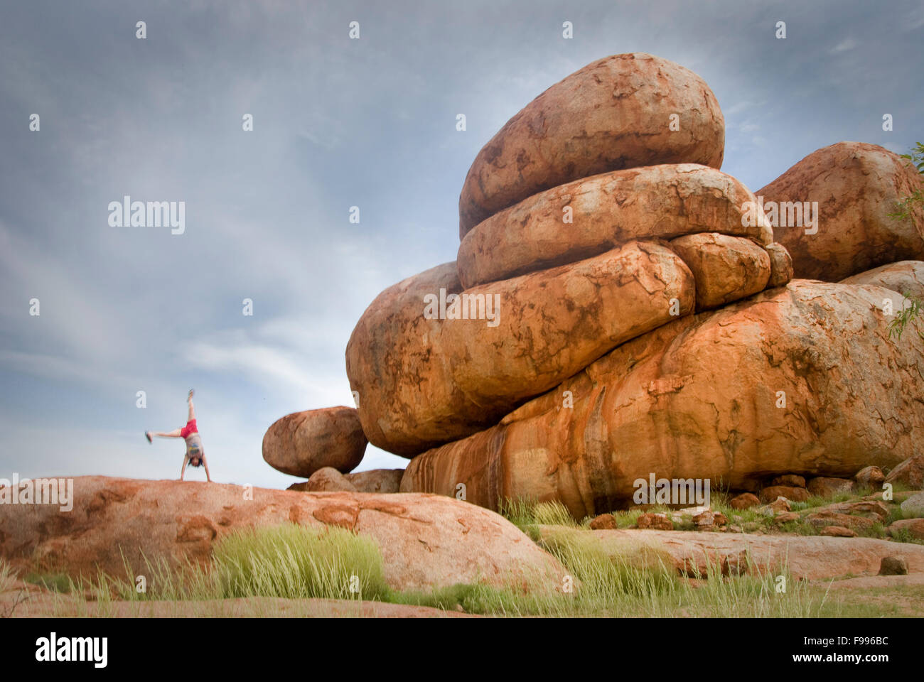 Karlu Karlu (also known as 'The Devil's Marbles') is an Aboriginal Site and stopping point for tourists - Stock Image