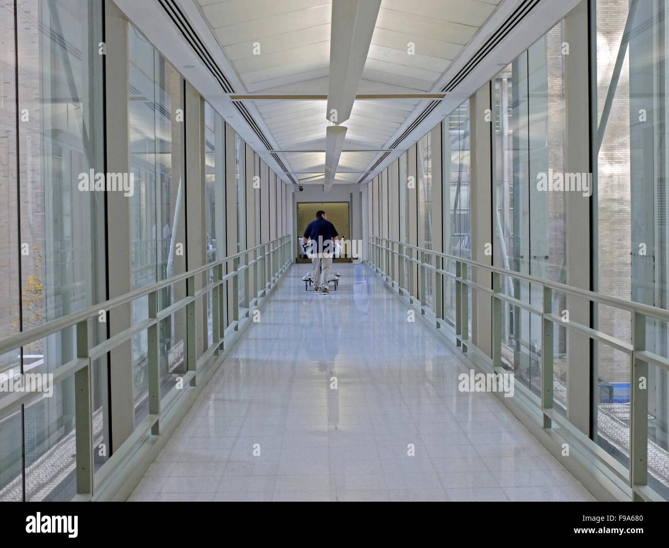 Mount Sinai Hospital Stock Photos & Mount Sinai Hospital Stock