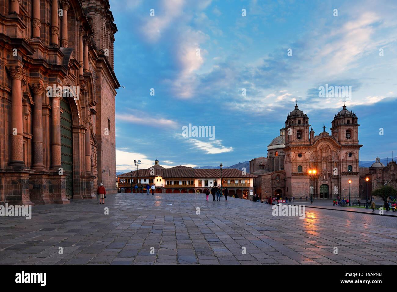 Iglesia La Compania de Jesus, Cathedral on the left, Plaza de Armas, Cusco Province, Cusco Province, Peru - Stock Image