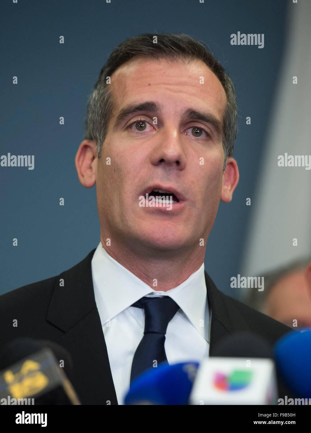 (151215) -- LOS ANGELES, Dec. 15, 2015 (Xinhua) -- Los Angeles Mayor Eric Garcetti speaks to the media, in Los Angeles, - Stock Image