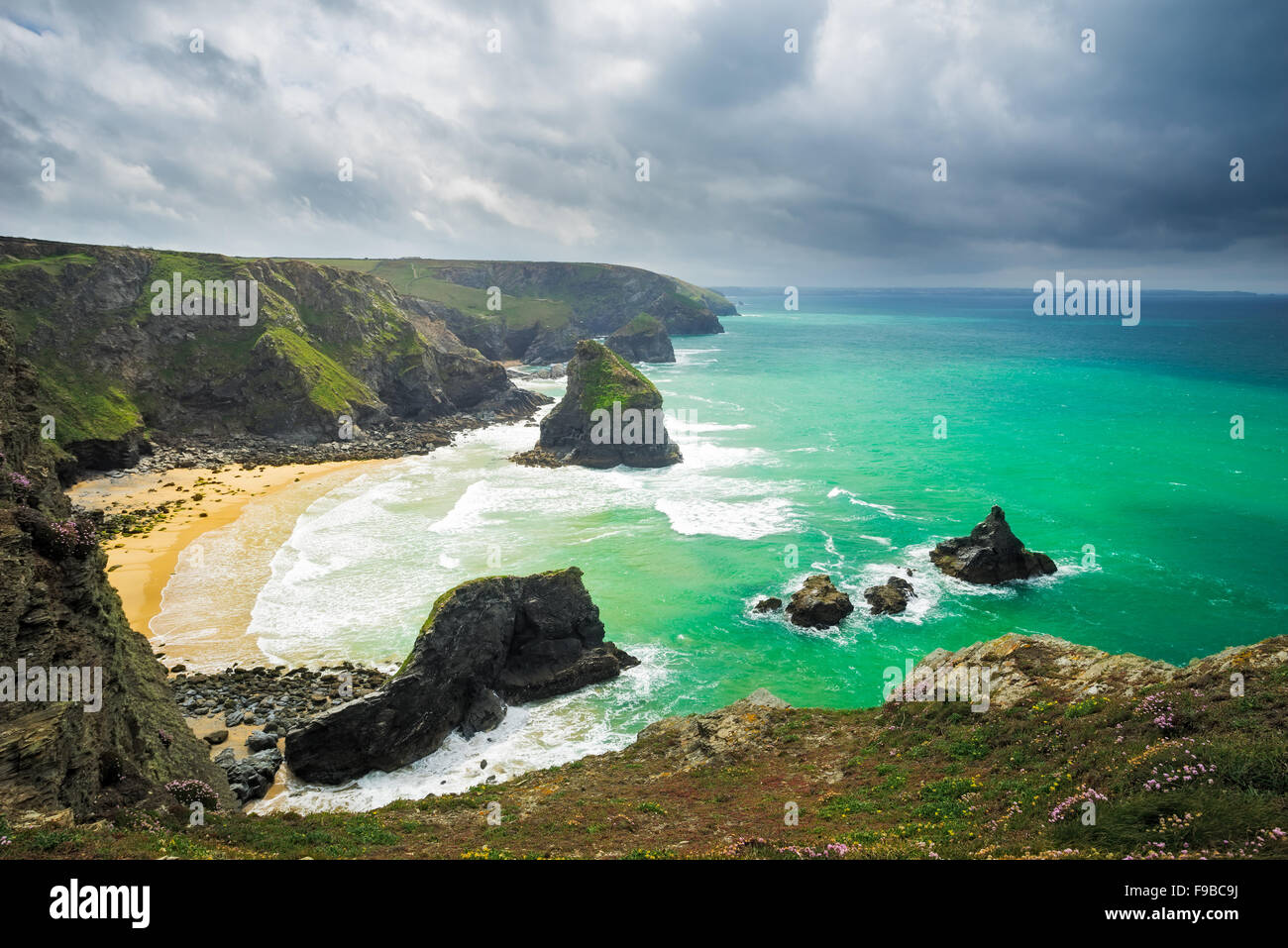 Overlooking Pentire Steps Beach looking towards Bedruth Steps near Newquay Cornwall England UK Europe - Stock Image