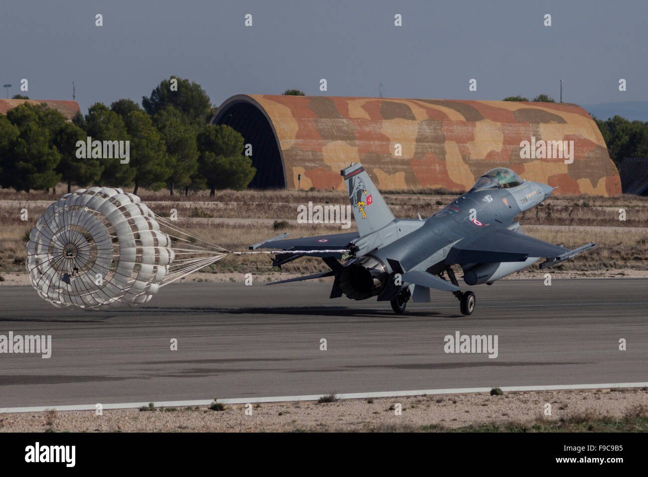 A Turkish Air Force F-16D deploys drag chute for landing during NATO's Exercise Trident Juncture, Albacete, - Stock Image