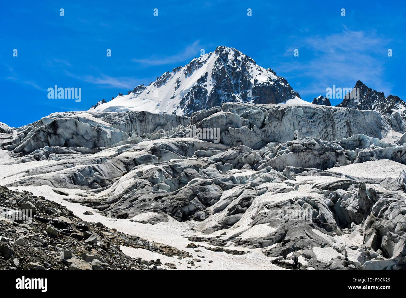 Icefall of the Glacier du Tour with peak Aiguille du Chardonnet, Chamonix, Haute-Savoie, France - Stock Image