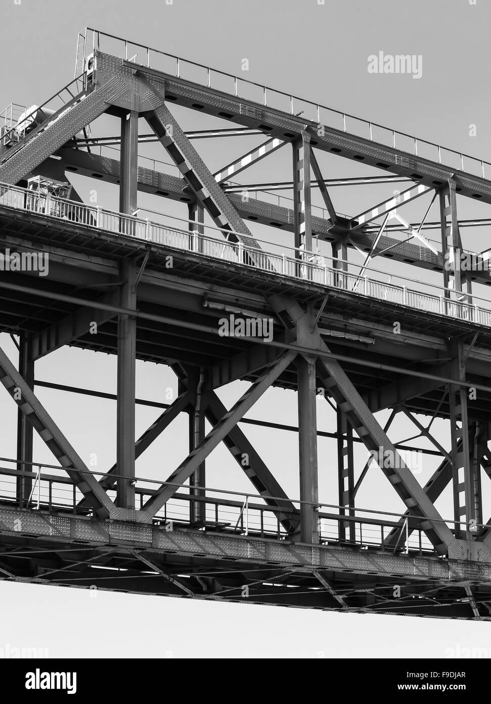 Truss Black And White Stock Photos Images Alamy Bridge Diagram Track Pony By Steel Construction Fragment Photo Image