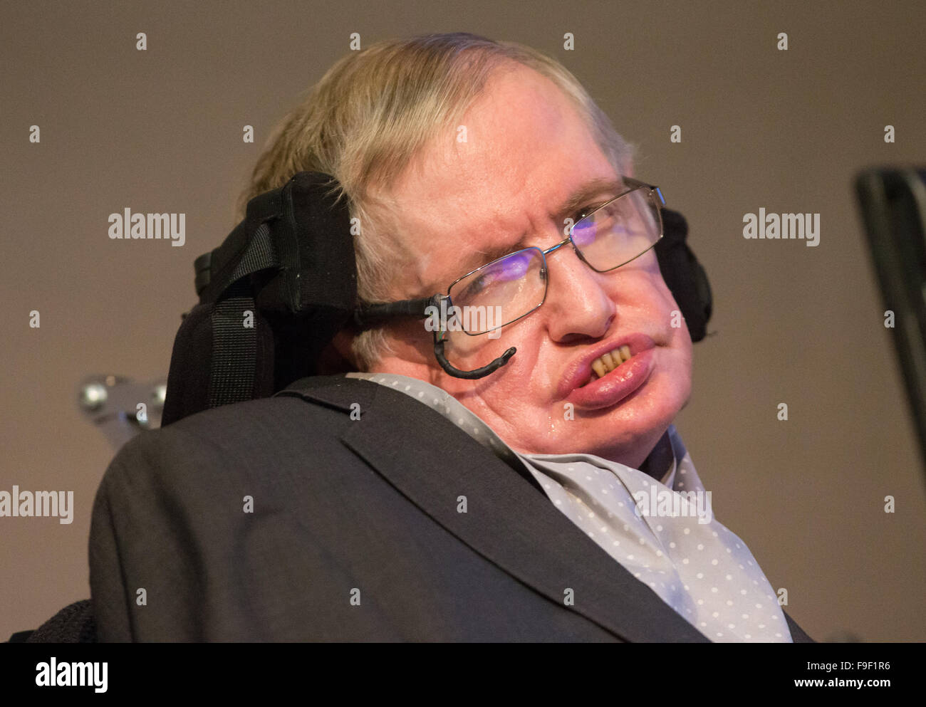 Professor Stephen Hawking speaks at The Royal Society after the announcement of a new award called the Stephen Hawking - Stock Image