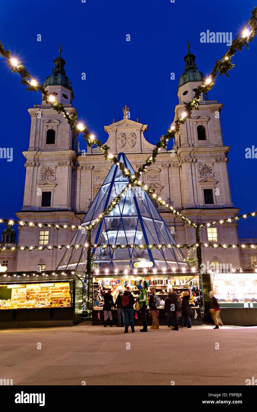 Salzburg Christmas Market.Austrian Christmas Market And Salzburg Cathedral Salzburg