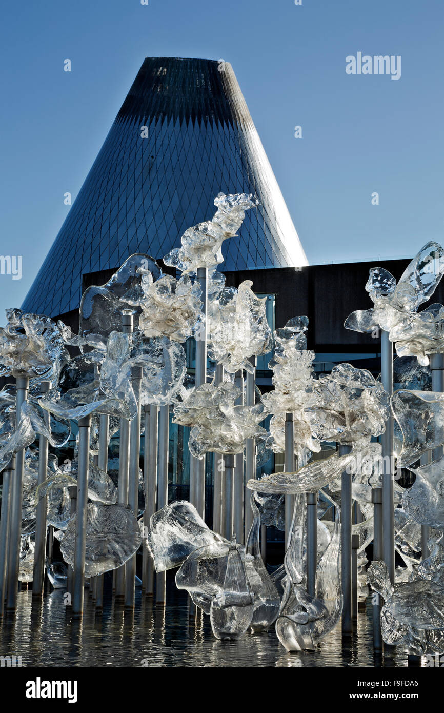 WA12326-00...WASHINGTON - Glass sculpture in pond at Tacoma's Museum of Glass. - Stock Image